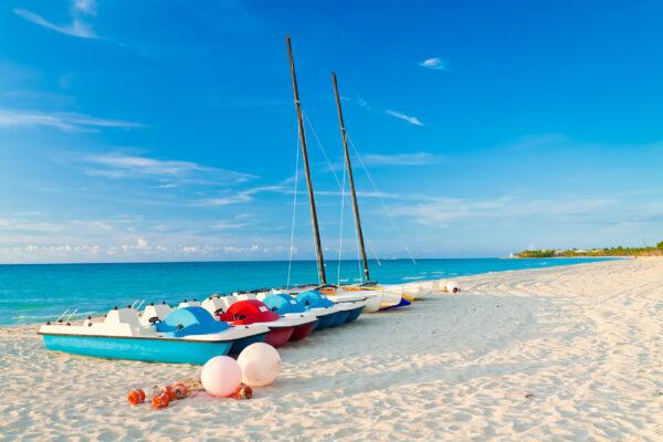 Kuba Strand Boote