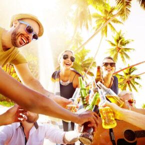 Sommer-Party auf Ibiza: 3 Tage auf der Insel mit Unterkunft & Flug nur 97€