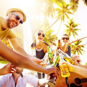 Mega-Party Trip Mallorca: 3 Tage im genialen 4* Hotel mit All Inclusive & Flug nur 94€