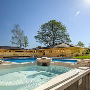 Wellness-Auszeit in Bayern: 3 Tage im 4* Hotel mit Frühstück, 4-Gänge Dinner & Extras für 129€
