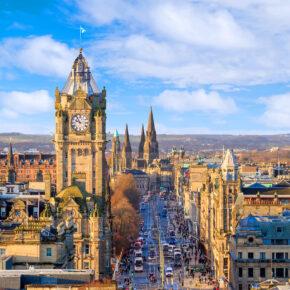 Kurztrip Schottland: 4 Tage Edinburgh mit zentraler Unterkunft & Flug nur 34€