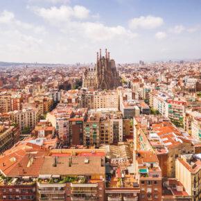Barcelona: 3 Tage mit zentraler Unterkunft, Frühstück & Flug nur 30€