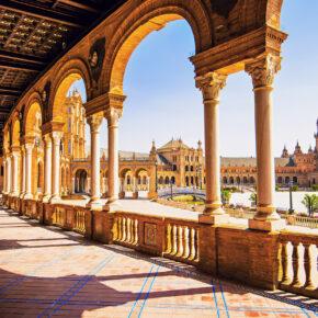 Langes Wochenende in Sevilla: 4 Tage Städtetrip mit zentraler Unterkunft & Flug nur 84€