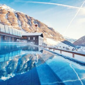 Spa & Berge: 3 Tage Südtirol im TOP 4* Hotel mit Verwöhnpension, Wellness & Extras ab 189€