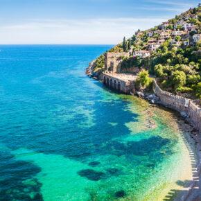 Langes Wochenende am Strand: 4 Tage Türkei im TOP 5* Hotel mit All Inc., Flug, Transfer & Zug nur 234€