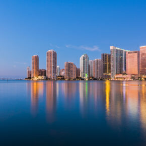 Party Trip USA: 8 Tage Miami Beach in TOP Strandunterkunft mit Halbpension & Flug nur 474€