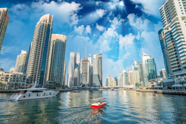 VAE Abu Dhabi Schiffe