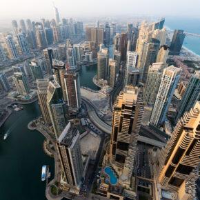 Dubai: 7 Tage im TOP 4* Hotel mit Frühstück, Flug, Transfer & Zug nur 418€