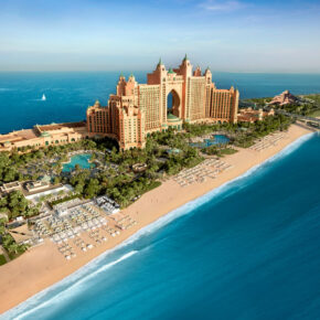 Luxus in Dubai: 6 Tage im TOP 5* Atlantis The Palm mit Halbpension, Flug, Transfer & Zug für 1462€