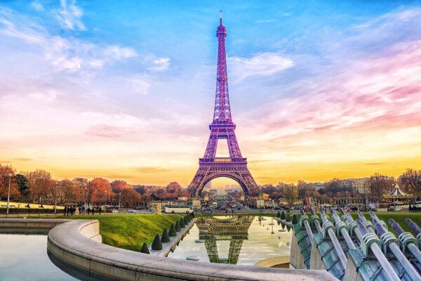 Frankreich Paris Lila Eiffelturm