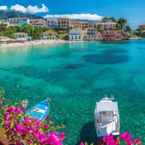 Griechenland: 8 Tage Kefalonia mit strandnahem Apartment, Pool & Flug nur 153€
