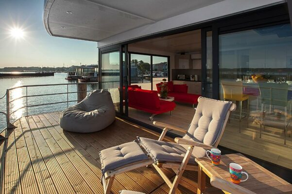 Hausboot Ribnitz-Damgarten Terrasse