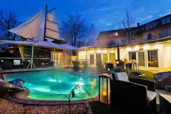 Hotel Storchen Pool