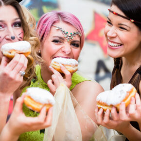 Karneval in Zahlen: Konfetti, Kostüme & Kölsch