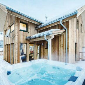 Skiurlaub in Österreich: 8 Tage in Wintervilla mit Wellness ab 101€