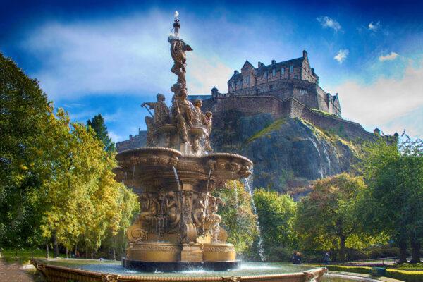 Schottland Edinburgh Schloss Brunnen