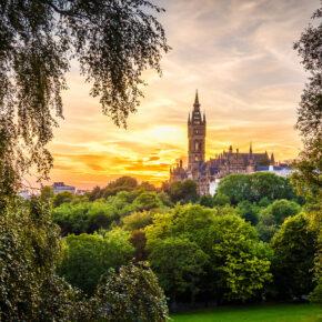 Schottlands Schönheit: 3 Tage Glasgow im guten Hotel mit Frühstück & Flug nur 93€