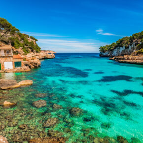 Frühbucher Spanien: 7 Tage Mallorca im TOP 4* Hotel mit Flug, Transfer & Zug nur 216€