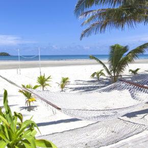 Thailand: 16 Tage Koh Chang in Strandunterkunft inkl. Flug & Gepäck nur 402€