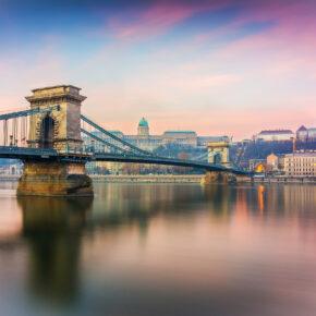 Städtetrip & Wellness: 3 Tage Budapest inkl. Unterkunft, Flug & Thermalbad-Eintritt nur 60€
