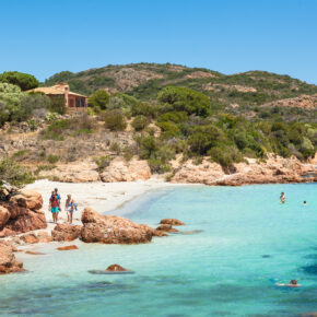 Sommer auf Korsika: 8 Tage mit Studio am Strand, Pool & Flug nur 163€