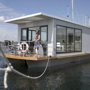 Ostsee: 8 Tage auf eigenem luxuriösen Hausboot mit Terrasse für 240€