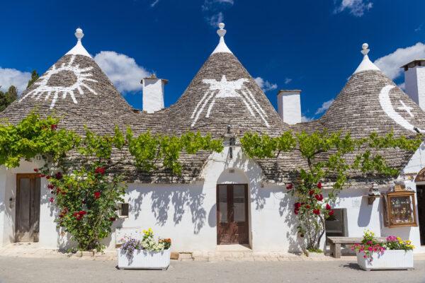 Italien Apulien Alberobello Häuser