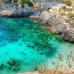 Süditalien: 8 Tage im Apartment mit Meerblick, Panorama-Terrasse & Flug nur 63€