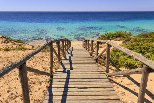 Italien Apulien Strandweg