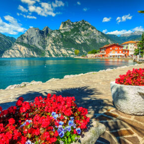 Gardasee im Sommer: 4 Tage im TOP 3* Hotel inkl. Halbpension ab 99€