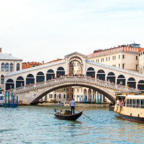 Günstig nach Italien: Flüge nach Mailand, Venedig, Bologna, Rom & Bari ab 10€