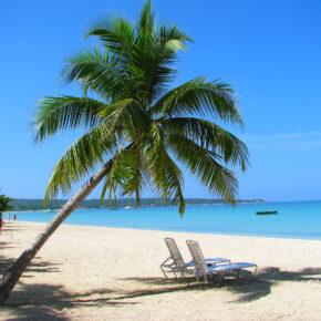 Karibik-Traum: 8 Tage auf Jamaika mit Reggae Bungalow & Flug nur 400€
