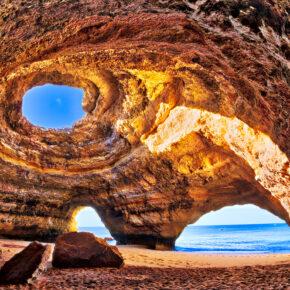 Portugal im Sommer: 5 Tage an der Algarve mit Flug & 3* Apartment nur 78€