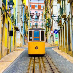 Lissabon am Wochenende: 4 Tage mit zentraler Unterkunft inkl. Frühstück & Flug für 65€