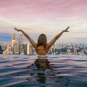 AWARD Hotel: 7 Tage im luxuriösen 5* Marina Bay Sands in Singapur mit Direktflug nur 1.313€