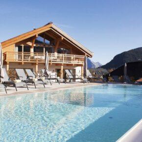 Leutaschklamm in Tirol: 3 Tage im TOP 4* Hotel mit Wellness, Halbpension & Extras ab 129€