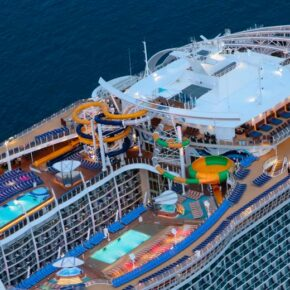 Symphony of the Seas Deck