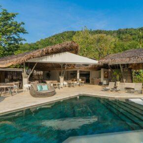Tree House Villa Pool