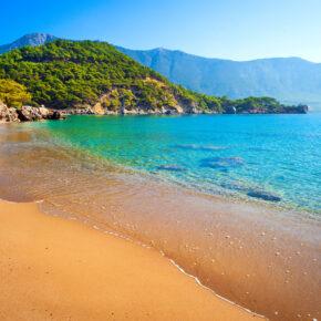 Türkei: 5 Tage Antalya im TOP 4* Hotel mit All Inclusive, Flug, Transfer & Zug nur 175€