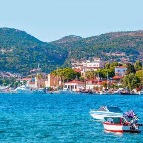 Türkei KNALLER: 7 Tage im TOP 4* Hotel am Strand mit All Inclusive, Flug, Transfer & Zug nur 325€