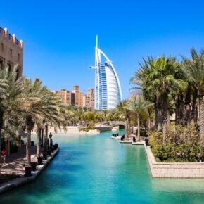 Lastminute nach Dubai: 7 Tage im TOP 4* Hotel mit Frühstück, Flug, Transfer & Zug nur 381€