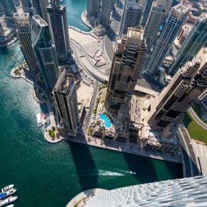 Frühbucher Luxus in Dubai: 5 Tage im neu eröffneten 5* Hotel mit Frühstück, Flug, Transfer & Zug nur 377€