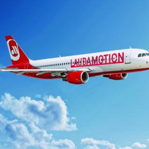Laudamotion Flugzeug redaktionell