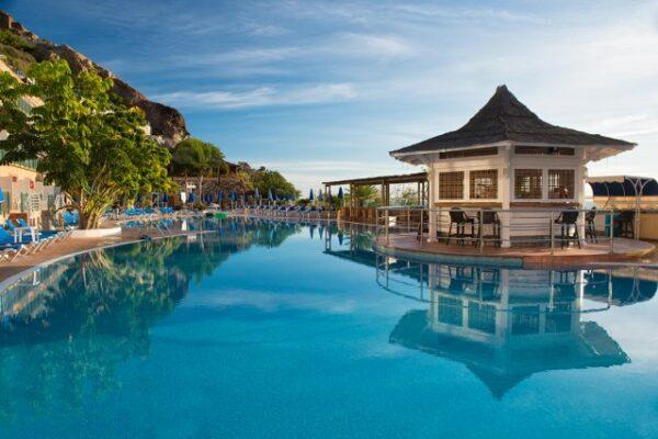 Mogan Princess Beach Pool