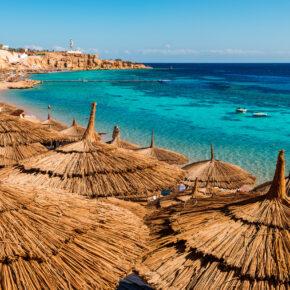 Sommer in Ägypten: 7 Tage Hurghada im 4* Hotel mit All Inclusive, Flug, Transfer & Zug nur 399€