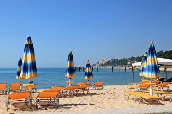 Bulgarien Goldstrand Sonnenschirme