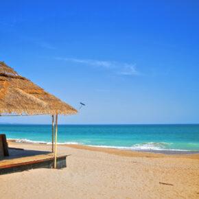 Single-Deal: 7 Tage Sonnenstrand im TOP 4* AWARD Hotel am Strand mit AI, Flug & Transfer nur 389€