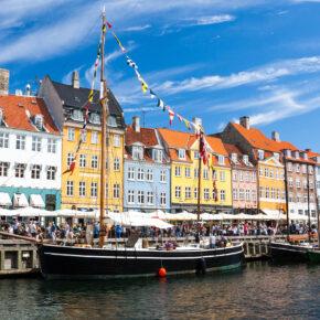 Kopenhagen: 3 Tage am Wochenende im zentralen 3* Hotel inkl. Flug nur 121€