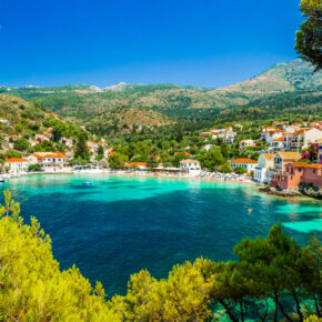 Ab nach Griechenland: 8 Tage Kefalonia mit TOP Apartment in Strandnähe & Flug nur 99€