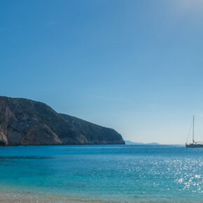 Griechenland: 8 Tage Lefkada mit gutem Apartment inkl. Frühstück & Flug nur 101€